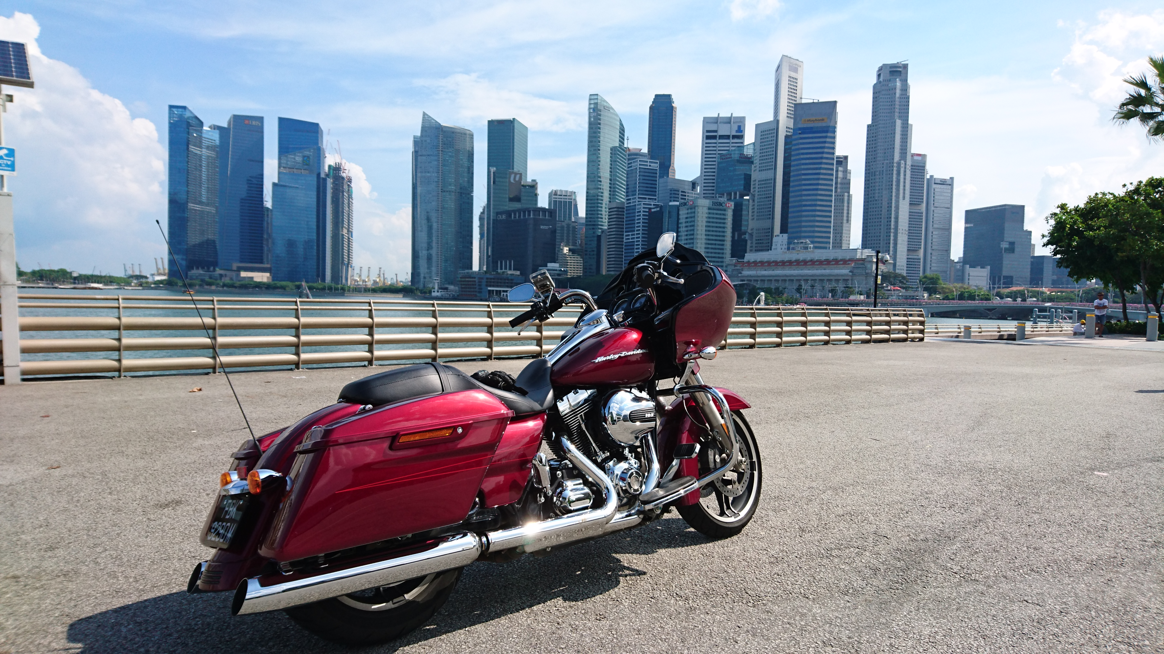 Harley Davidson Road Glide Special in Velocity Red
