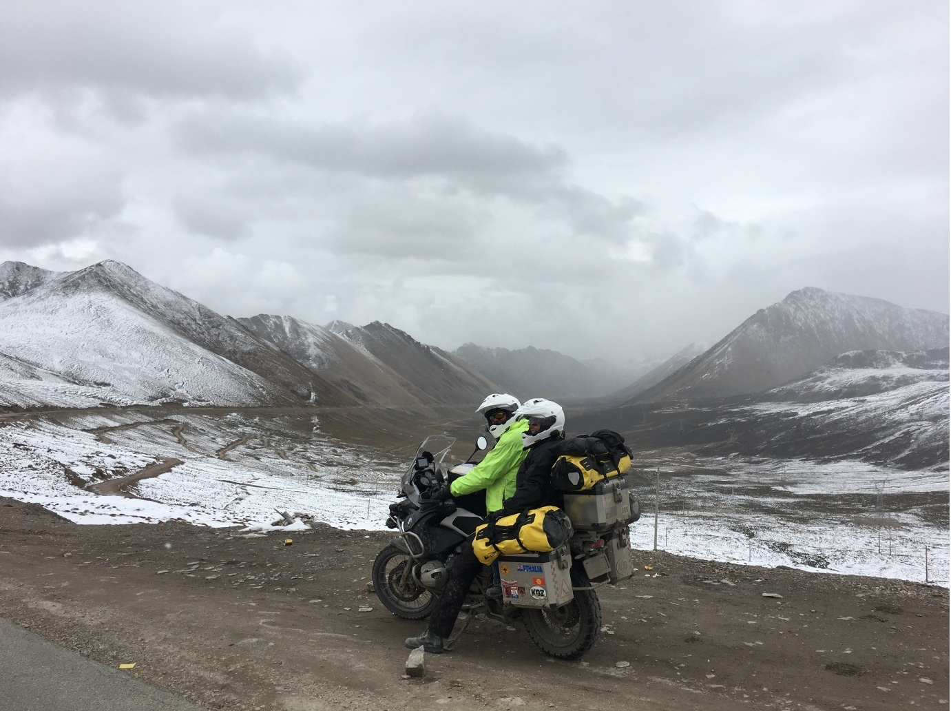 Rob n Leonie in Tibet.jpg